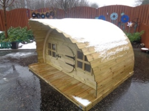 Cathkin Community Nursery's new sheltered dens.